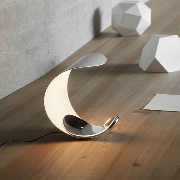 Luceplan Curl Tischlampe mit Spiegel-Applikation