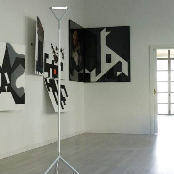 Lola D15 d. Floor light, example in living area