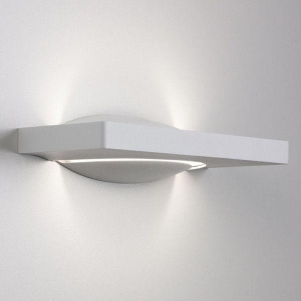 Pogo Wall Light