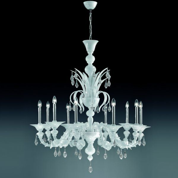 The K10 chandelier in milk-white and clear glass