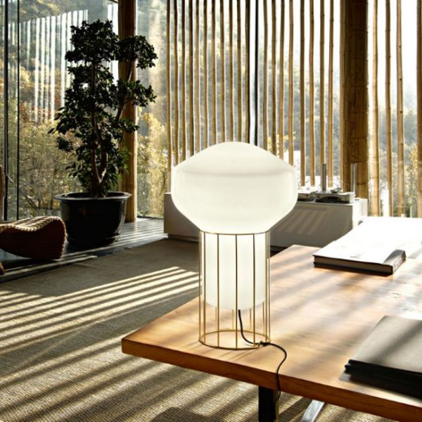 Aérostat Table Light