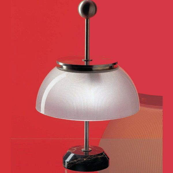 The Alfa table light