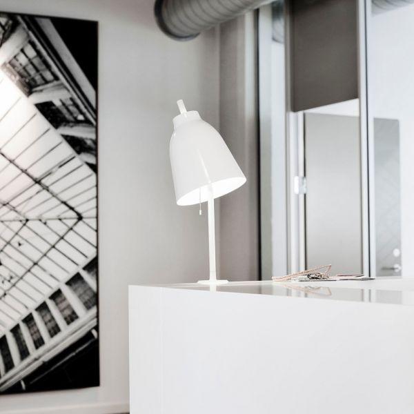 Caravaggio table plug in white glossy