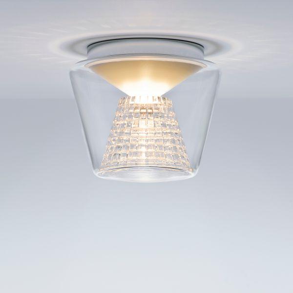 Annex clear/cut crystal ceiling