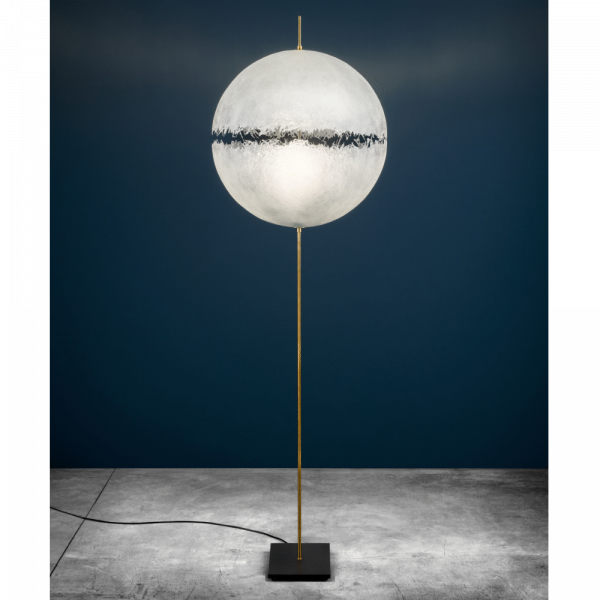PostKrisi F64 Floor lamp in nature/ brass, switched on