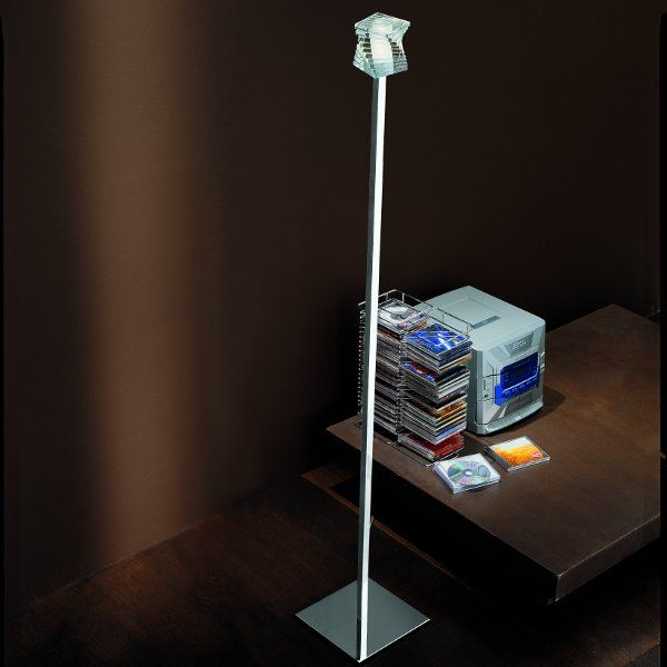 Accommodation example of the Otto x Otto R1 floor light