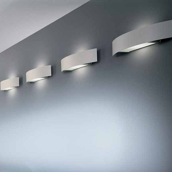 The Fila 78 / 100 wall sconce