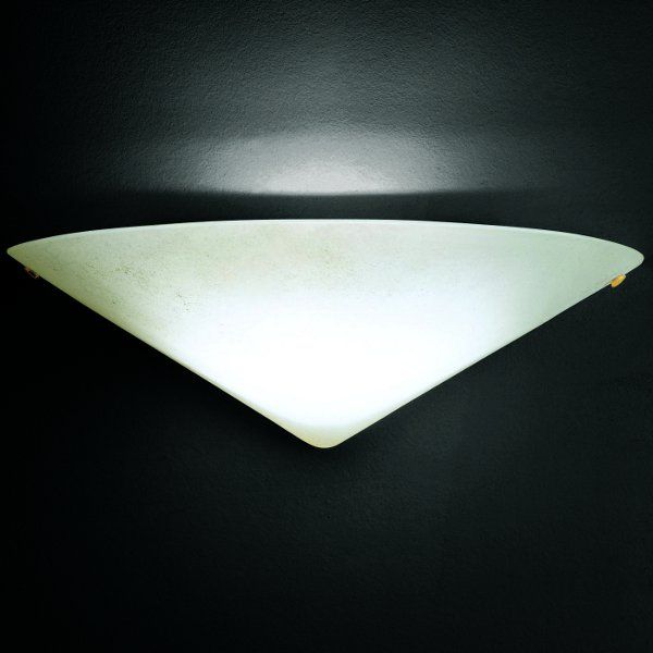 The Iona wall sconce