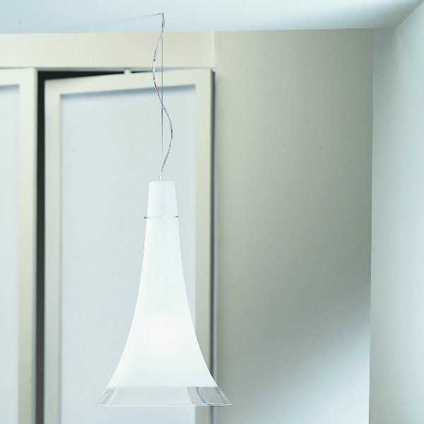 The Olimpia S pendant light in detail