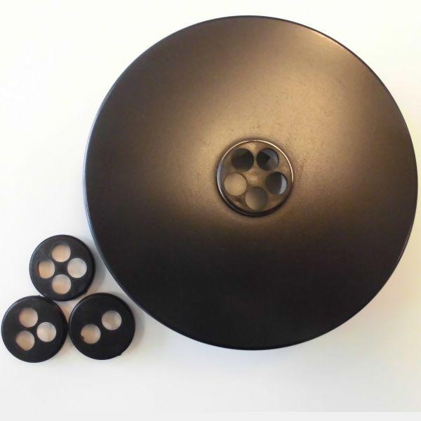 Multiple rosette in black