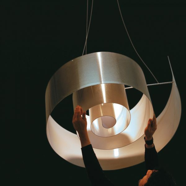 Spiral pendant light aluminium / white
