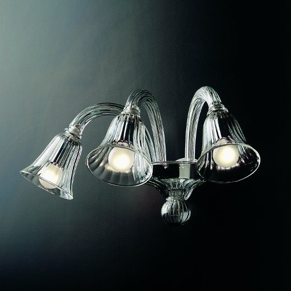 The 7080 A3 wall sconce with clear glass