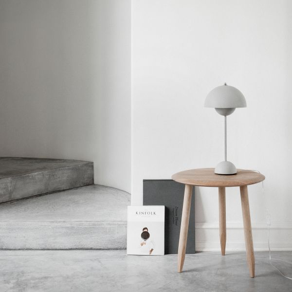 Flowerpot VP3 Table light, light grey matt