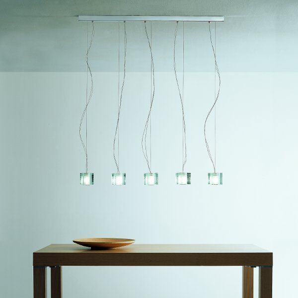 The Otto x Otto S5L pendant light in detail