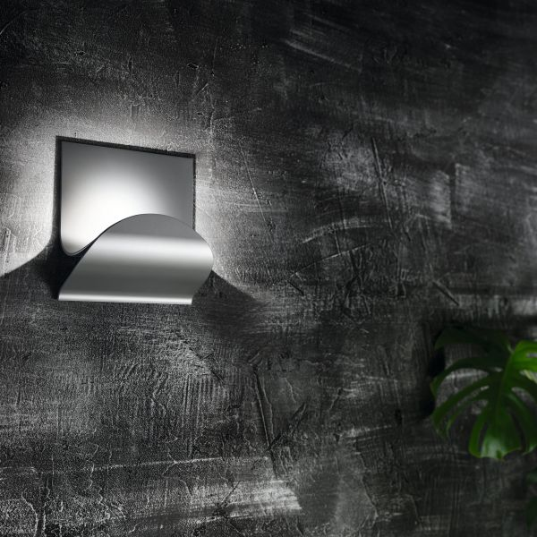 Incontro Ceiling/Wall light, silver