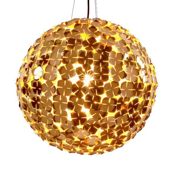 A galvanically gold-plated Orten`zia 70 pendant light