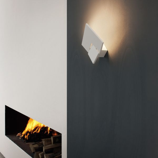 Puzzle Twist Wall sconce