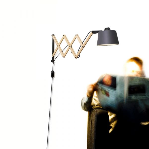 Edward scissor-arm wall lamp