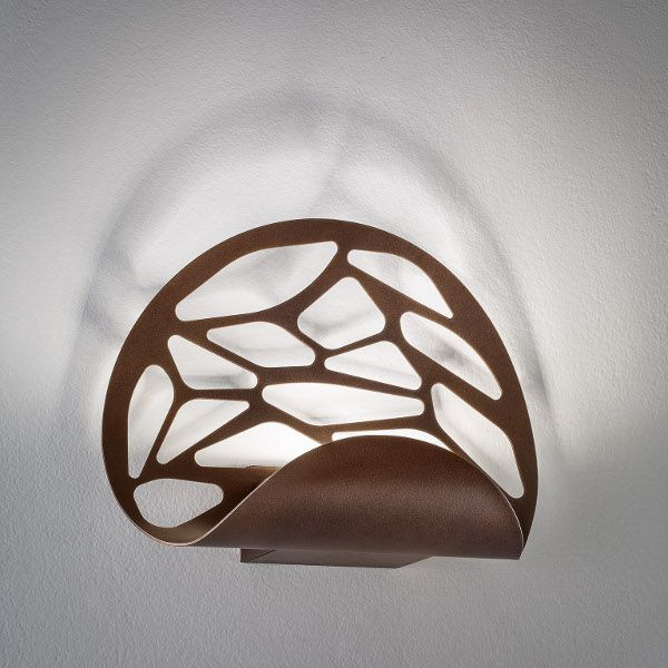 Kelly wall sconce, bronze