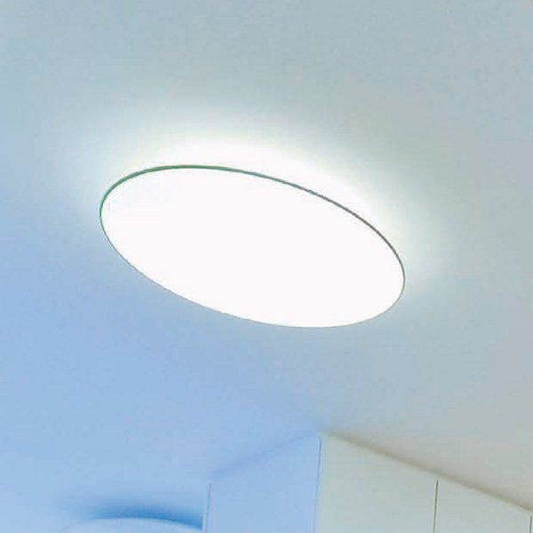 A white Float soffitto circolare ceiling light