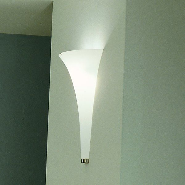 The Olimpia A wall sconce in detail