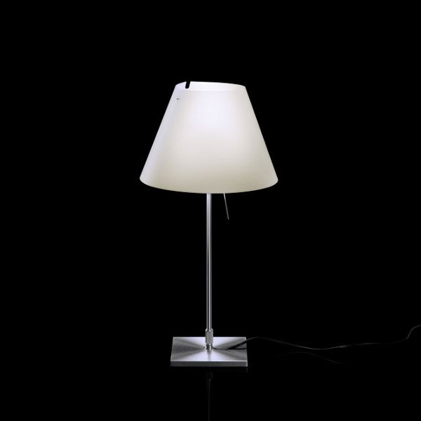 Costanzina D13 pi. Mezzo Tono Table Light