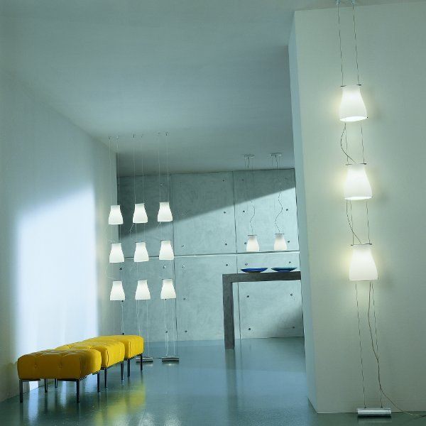 Accommodation example of the Bell S3V floor lamp
